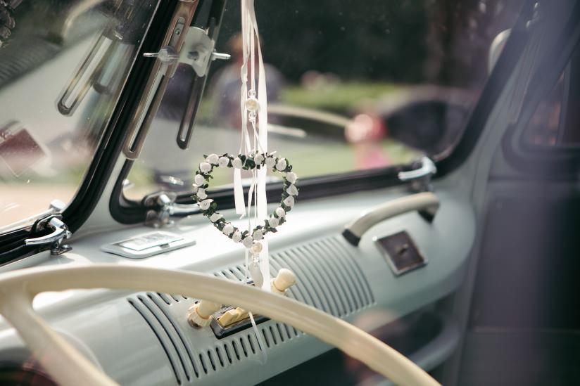 Vw Bus Bulli T1 Samba Und Vw Kafer 1300 Als Hochzeitsauto Preise